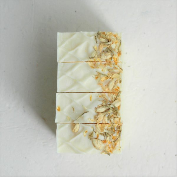 Henry Tilney's Proposal from Northanger Abbey is made unforgettable with this white rose scented artisan soap bar. The perfect Jane Austen gift for a Lady