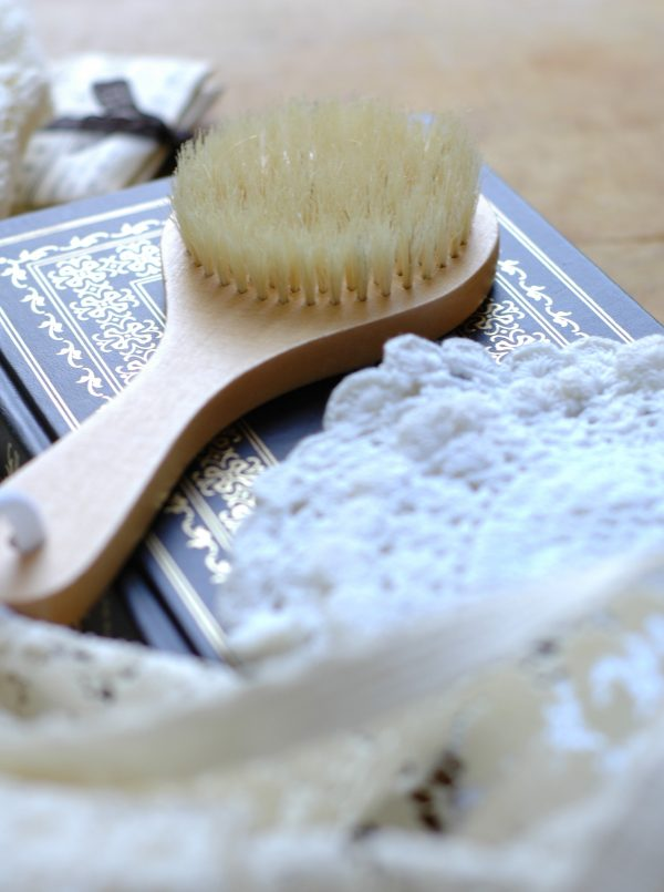 This round bath brush is perfect to add to your bath or shower routine. The bristles are soft, yet firm enough to scrub and exfoliate. It comes with a tie at the end to hang dry when you're finished!