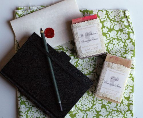 Learn to sketch like Emma Woodhouse with this beautiful gift set, including a charcoal pencil and two soaps inspired by Jane Austen's Emma.
