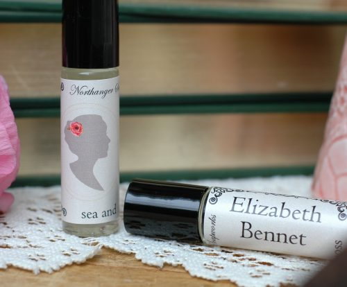 Elizabeth Bennet perfume is that special something any book lover could do with in her purse! Fragrant of sea and moss, it's the perfect Jane Austen gift for a Lady. Inspired by Pride and Prejudice