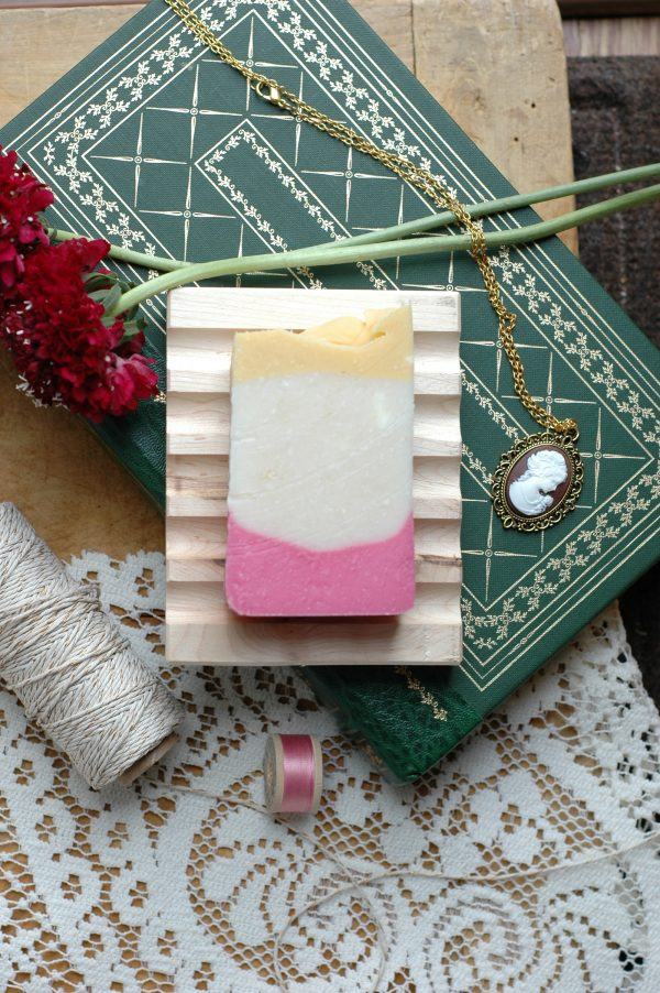 Elinor Dashwood of Jane Austen's Sense and Sensibility has inspired this gardenia scented soap bar, with it's calm surface hiding the depths of feeling and secret love at it's core.